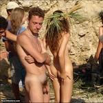 Porn Pictures - BeachHunters.com - Public Nude Sluts